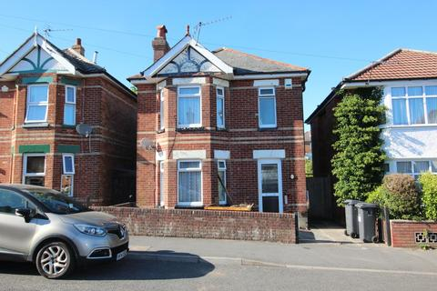 4 bedroom detached house to rent - Green Road, Bournemouth, Dorset BH9 1EA, UK