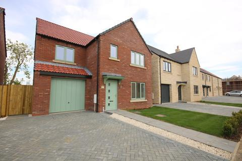 3 bedroom detached house for sale - Greenfield Close, Waltham on the Wolds