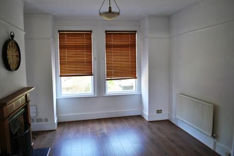 3 bedroom terraced house to rent - Kilmorie Road, London