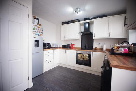 3 bedroom semi-detached house to rent - Lupin Road, Lincoln