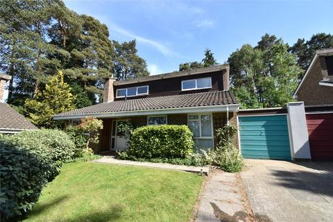 4 bedroom bungalow to rent - Quintilis, Bracknell, Berkshire, RG12