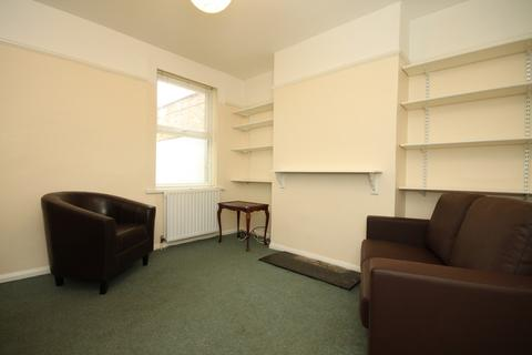 3 bedroom semi-detached house to rent - EAST OXFORD EPC RATING E