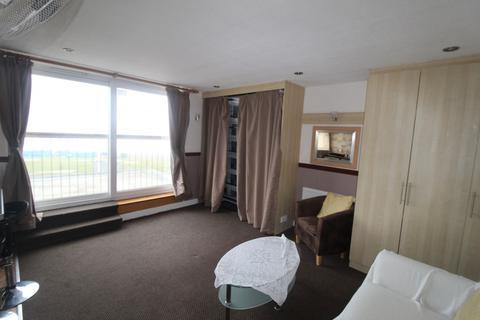 1 bedroom flat to rent - Promenade,  Blackpool, FY1