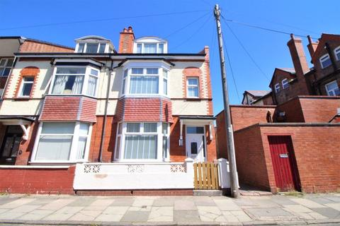 5 bedroom terraced house for sale - Trinity Road, Hoylake