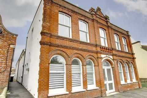 2 bedroom flat for sale - 47A Broad Street North, Seaford