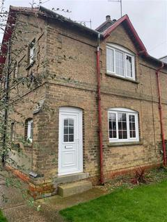 3 bedroom semi-detached house to rent - Cuxwold