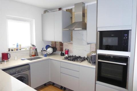 3 bedroom terraced house to rent - Brooklyn Avenue, London