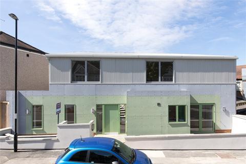 3 bedroom detached house for sale - Harland Road, London, SE12