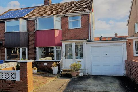 3 bedroom semi-detached house for sale - Doreen Avenue, Dalton-le-dale, Seaham, SR7
