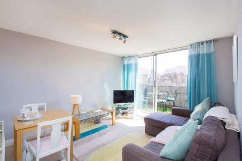 1 bedroom flat to rent - Askew Crescent, Hammersmith, W12