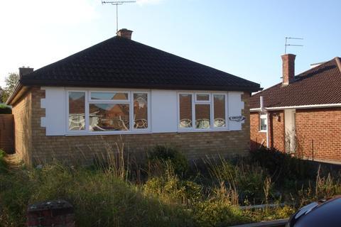 2 bedroom bungalow to rent - Durham Close, Warden Hill, Cheltenham, GL51 3DF