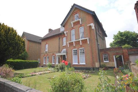 1 bedroom flat to rent - College Park Close Lewisham SE13