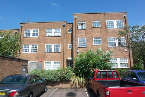 2 bedroom apartment to rent - Kingfisher Court, Mount View, Enfield EN2