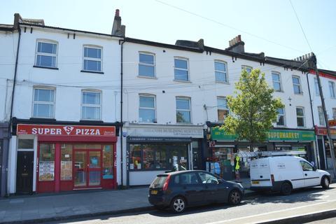 2 bedroom flat to rent - Brockley Rise London SE23