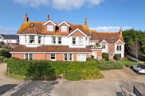 2 bedroom flat for sale - Aliston House, 58 Salterton Road, Exmouth, Devon, EX8