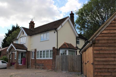 Studio to rent - Whitewebs Cottage, Main Road, Ingatestone, Essex, CM49HX