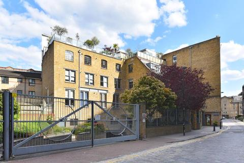 2 bedroom apartment to rent - Chandlery House Gowers Walk E1