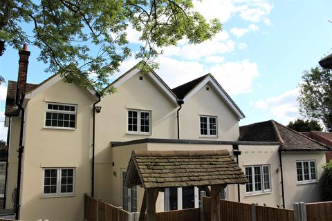 Studio to rent - Whitewebs Cottage, Main Road, Ingatestone, Essex, CM4