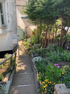 2 bedroom flat to rent - New Road , Hornsea HU18