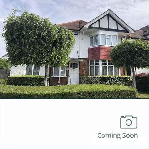 3 bedroom detached house for sale - Greyhound Hill, Hendon, NW4
