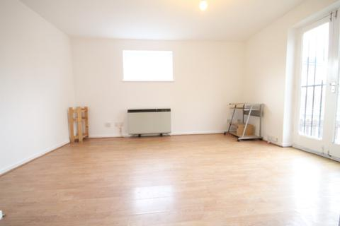 1 bedroom flat to rent - London E16