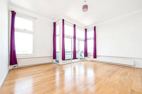 2 bedroom apartment to rent - The Water Gardens, Hyde Park