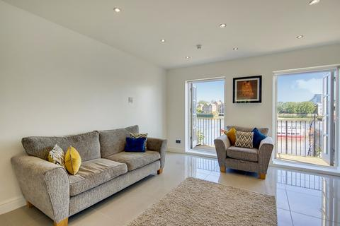 4 bedroom end of terrace house for sale - National Terrace, Bermondsey