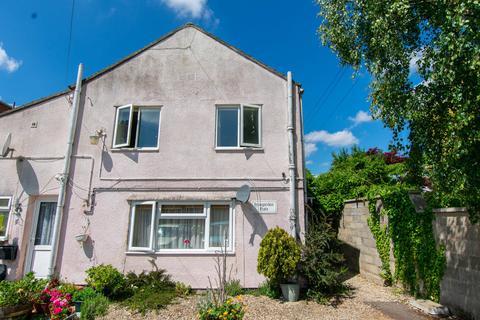 Studio to rent - Whaddon Drive, Cheltenham GL52 5NB