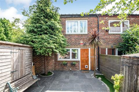 3 bedroom end of terrace house for sale - Goodman Crescent, London, SW2