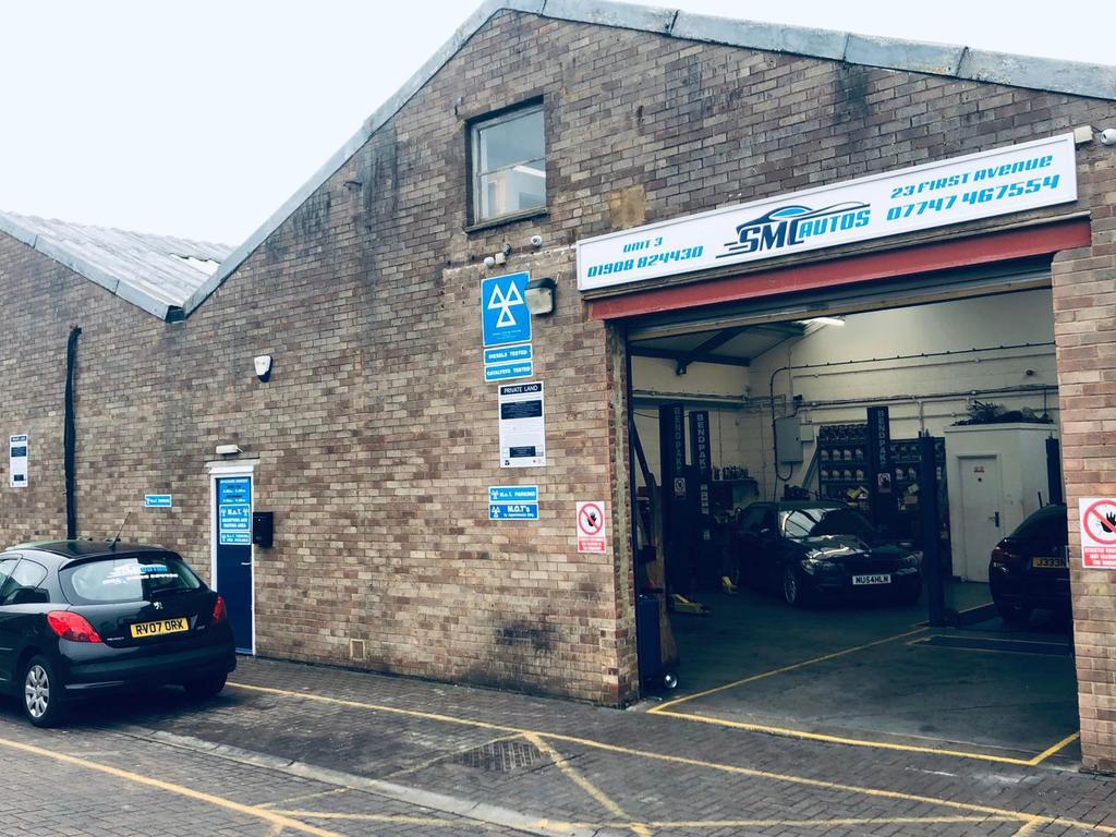 MOT Garage business lease for sale