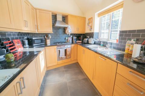2 bedroom mews to rent - Desford Road, Newbold Verdon