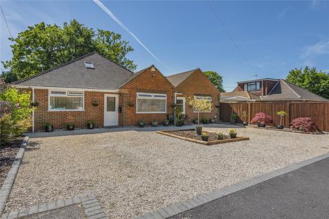 5 bedroom detached house for sale - Woodlands Avenue, Burghfield Common, Reading, Berkshire, RG7
