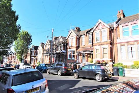 3 bedroom terraced house for sale - Hollingbury Park Avenue, Brighton