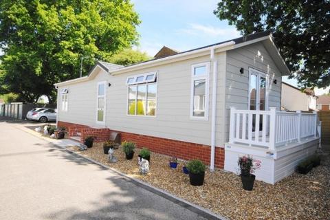 2 bedroom park home for sale - a Hillbury Park, Alderholt