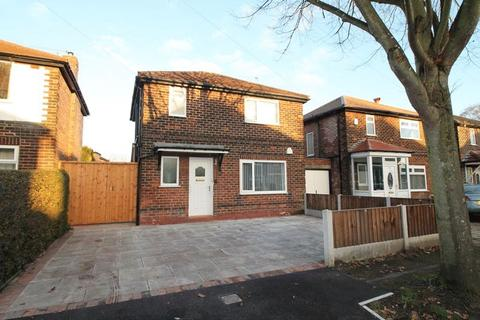 3 bedroom detached house to rent - Broadoaks Road, Urmston