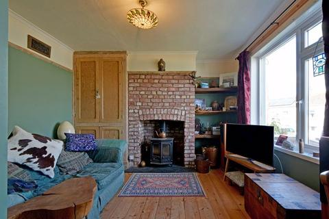 2 bedroom semi-detached house for sale - Pendarves Road, Falmouth
