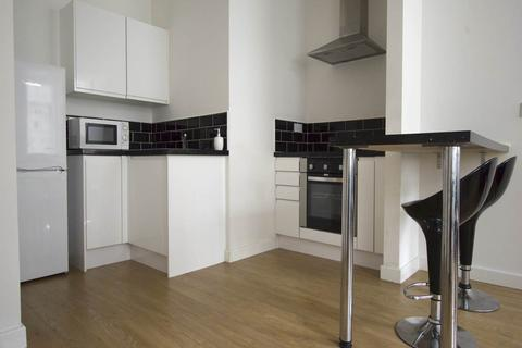 2 bedroom house to rent - Airedale House, ,