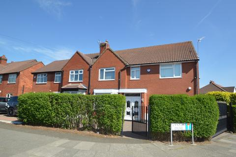 6 bedroom semi-detached house to rent - Heywood Road, Prestwich, Manchester