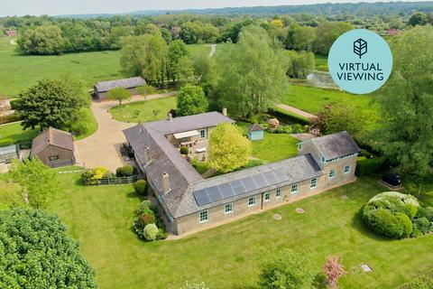 5 bedroom barn conversion for sale - The Marsh, Breamore, Fordingbridge, SP6