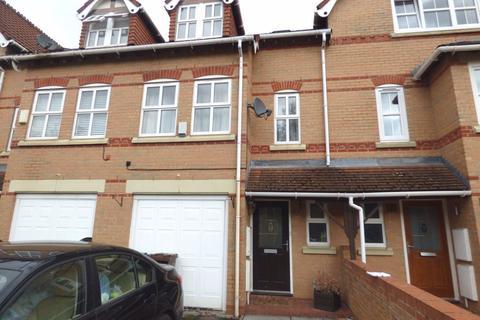 3 bedroom maisonette to rent - Dunmaston Avenue, Timperley, WA15 7LG