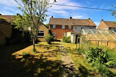3 bedroom semi-detached house for sale - Whalley Crescent, Wroughton, Swindon
