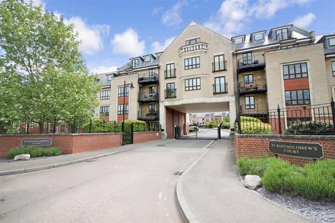 1 bedroom flat to rent - St Bartholomew's Court, Cambridge