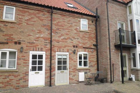 2 bedroom townhouse to rent - Stable Court, Market Weighton