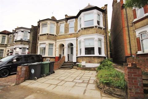 Property to rent - Poppleton Road, Leytonstone