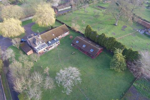 4 bedroom detached house for sale - Aston Clinton, Buckinghamshire