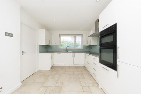 4 bedroom house to rent - Cottenham Drive, SW20