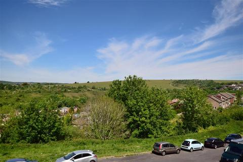 3 bedroom flat for sale - Fitch Drive, Brighton, East Sussex