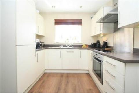 2 bedroom flat to rent - Hedgerows House,  Schoolgate Drive, Morden, Surrey, SM4