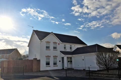 4 bedroom detached house for sale - Westward Rise, Barry
