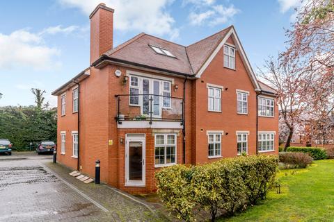 3 bedroom ground floor flat for sale - Watford Road, Northwood